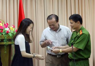Đà Nẵng khuyến khích cảnh sát làm du lịch