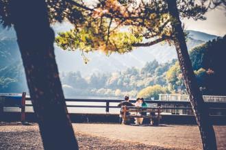 Nhật Bản rực rỡ lá vàng cuối thu