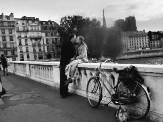 Paris đẹp yên bình qua những bức ảnh đen trắng trước khủng bố