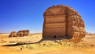 Qasr al Farid, lâu đài cô đơn giữa sa mạc