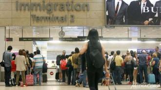 Singapore giải thích việc du khách Việt phải trả phí hộ tống về nước