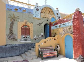 Ốc đảo đầy sắc màu giữa sa mạc Ai Cập