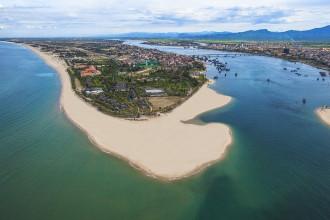 Quảng Bình Thiên đường nghỉ dưỡng ở vùng gió Lào cát trắng