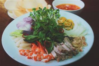 Thưởng thức món ăn quê tại Sài Gòn
