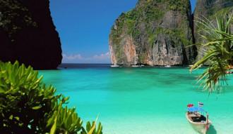 Công viên Thái Lan trả lại 100.000 baht cho du khách