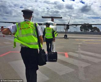 Cuộc sống thượng lưu của phi công và tiếp viên hàng không