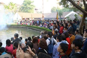 Du lịch Việt mở hàng đắt khách dịp Tết