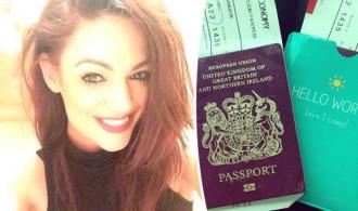 Dùng hộ chiếu làm giấy vệ sinh du khách bị từ chối nhập cảnh