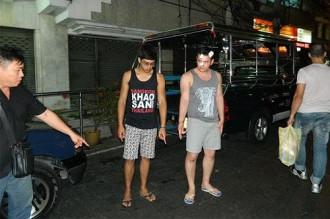Tài xế người Thái Lan hành hung cướp tiền du khách