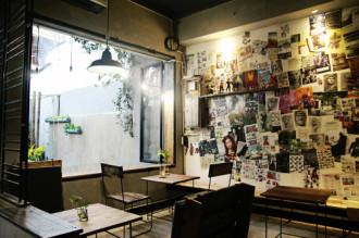 Chốn cà phê tĩnh lặng ở ngoại ô Sài Gòn