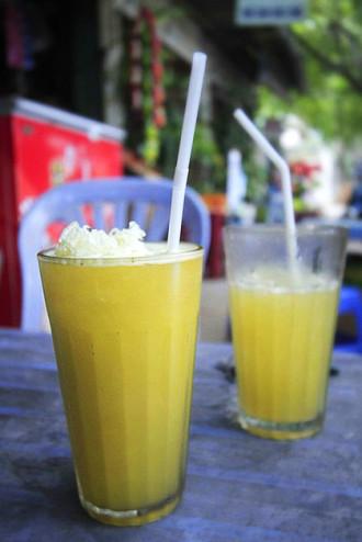 5 đồ uống bình dân giúp hạ nhiệt ngày nóng ở Sài Gòn