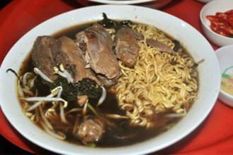 Ba quán mì tôm 'nức tiếng' ở phố cổ Hà Nội