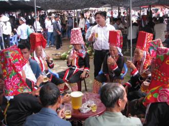 Độc đáo chợ tình ở vùng cao Quảng Ninh