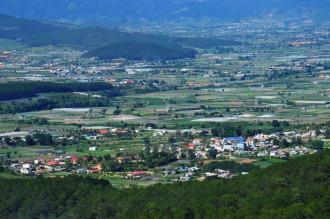 Dran, thị trấn nhỏ bé ẩn chứa vẻ đẹp đến nao lòng