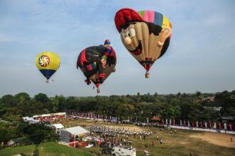 Ngày hội khinh khí cầu quốc tế tiêu tốn 7 tấn nhiên liệu