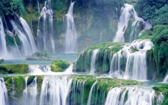 Tham quan thác nước đẹp nhất Việt Nam