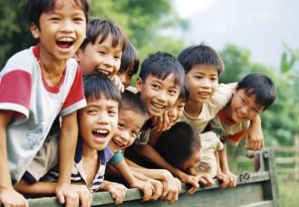 Trẻ em Mù Cang Chải với nụ cười tỏa nắng, hồn nhiên