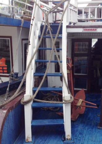 Du khách bức xúc vì không được ngắm vịnh Hạ Long trên boong tàu