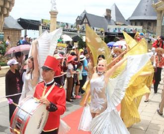 Lễ hội mùa hè trên đỉnh Bà Nà Hills