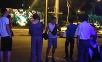 Việt Nam yêu cầu Trung Quốc xử lý du khách đốt tiền trong bar