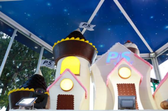 Đón Trung thu trong ngôi nhà bánh kẹo khổng lồ