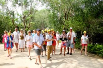 Nga hướng tới miễn thị thực song phương với khách Việt