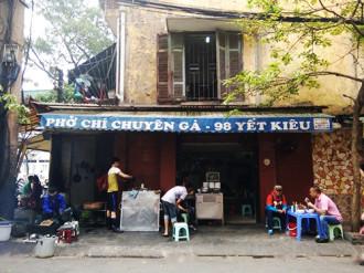 Những quán ăn trên 30 năm đắt khách ở Hà Nội