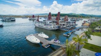 Thu phí qua cảng 20.000 đồng với khách đi vịnh Hạ Long